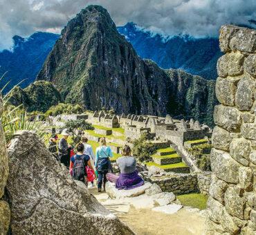 Cusco, Valle sagrado, Montaña Arcoíris, Salineras, Machu Picchu 7D/6N